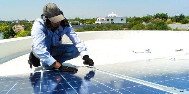 Pannello solare con serbatoio integrato: vantaggi e svantaggi